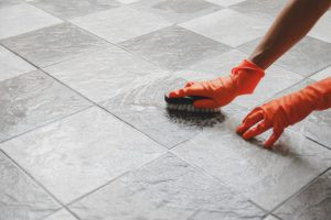 fotolia 216498432 subscription monthly m 768x512 300x200 cleaning grout
