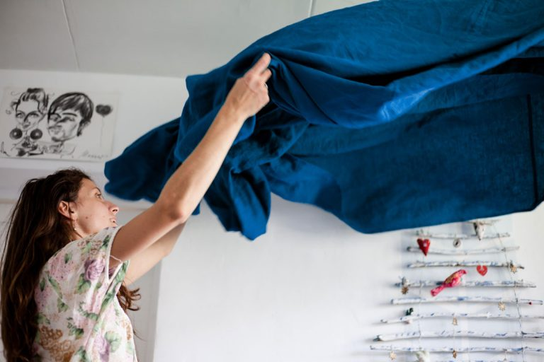 bedsheet 768x512 TIPS For Weekly House Cleaning